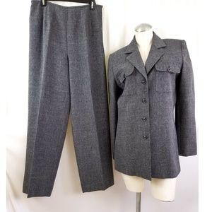 Travis Ayers Size 10 Gray Pant Suit